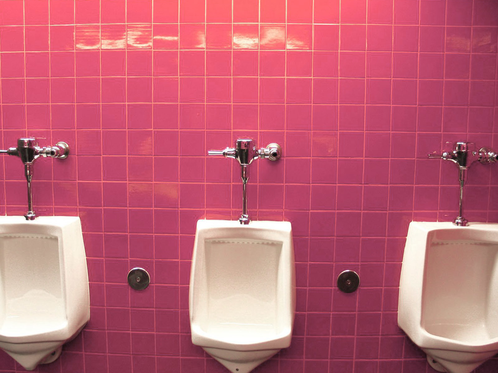 Why modern workplace washroom hygiene is vital