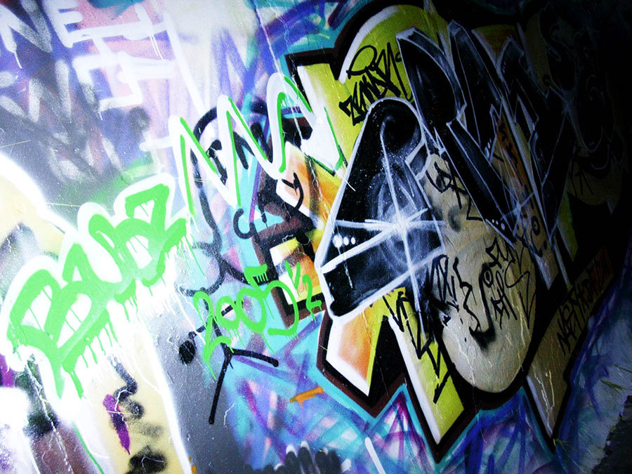 How to Remove Graffiti from Various Surfaces Correctly